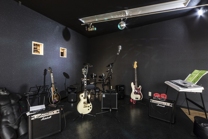 会議室内バンドスペース
